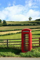 Scenic Telephone Box, originally uploaded to Flickr by fakelvis