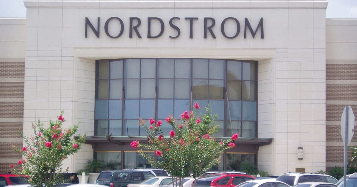 2018 Nordstrom Anniversary Sale: What to Buy for Workwear and Beyond!